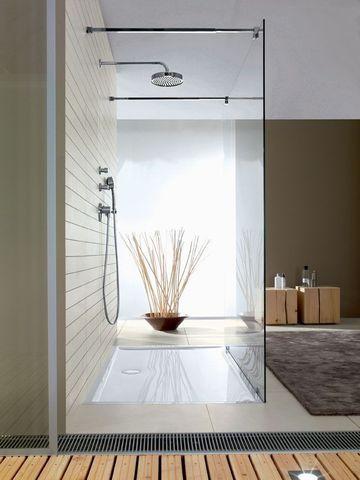 Salle de bains tendance, façon douche à l'italienne @Villeroy & Boch