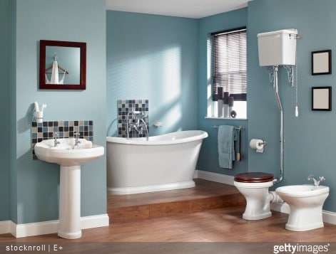 Relooker sa salle de bains nos 3 astuces cr ation bain - Bathroom color schemes brown and teal ...