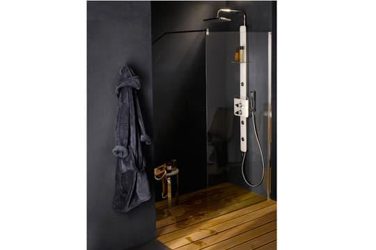 Cette douche à l'italienne s'adapte à toutes les salles de bains @Castorama