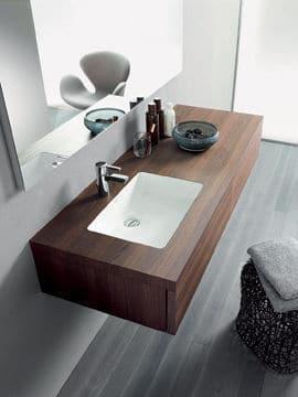 Design et bois dans la salle de bains @Eoos