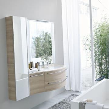 Mariage du bois et du blanc dans la salle de bains @Idea Group