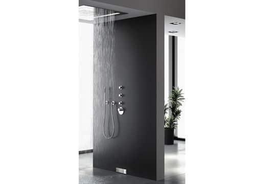 Ouverte, la douche à l'italienne @Cedeo