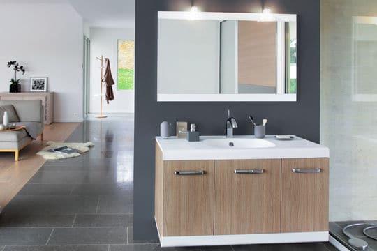 Une salle de bains zen et design @Decotec