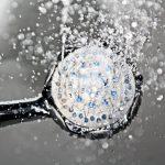 Pommeau de douche qui délivre une eau douce sans calcaire